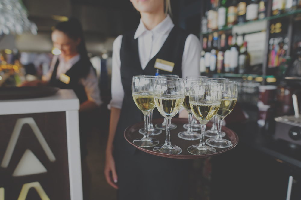 What you need to know about Liquor Liability coverage on your Wedding Day